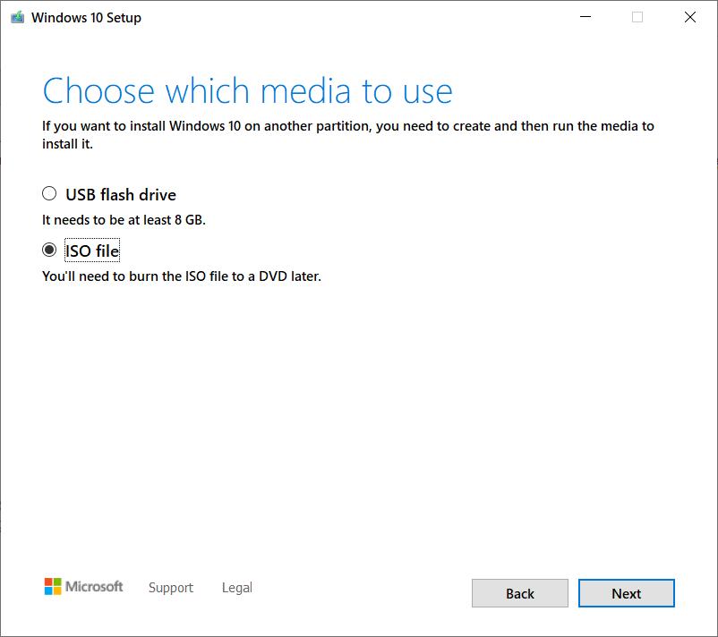 cum descarci Windows 10 ISO