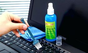 Cum se curata tastatura de la computer si laptop